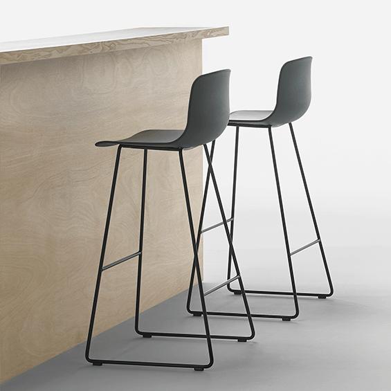 Varya 3 2 Sandler Seating